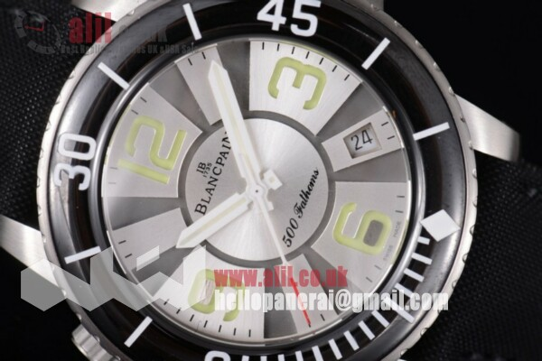 Blancpain Fifty Fathoms 500 Fathoms Best Replica Silver/Black Dial Steel Case White Hands Leather Strap